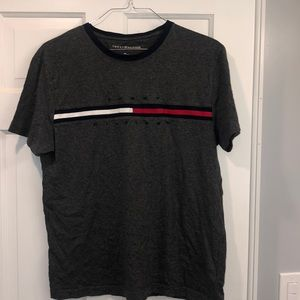 TOMMY HILFIGER NWT T-Shirt size large